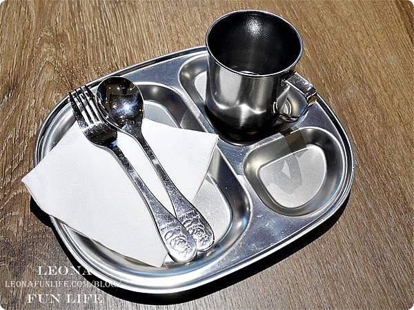 nara thai cuisine台中泰式料理推薦-兒童餐具.JPG