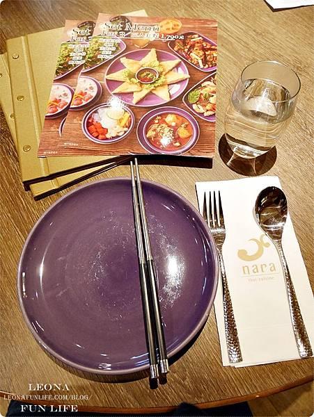 紫色華麗餐具  nara thai cuisine台中泰式料理推薦-Leona Fun Life.JPG