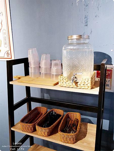 員林南洋風味料理 員林必吃美食 饗料理 茶水自取