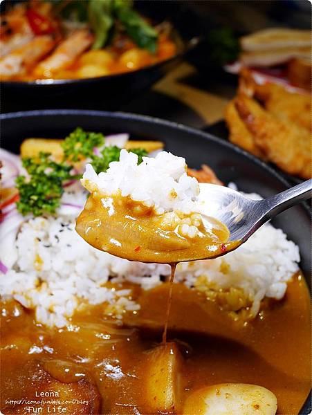 饗料理 員林南洋風味料理  咖哩雞腿排飯