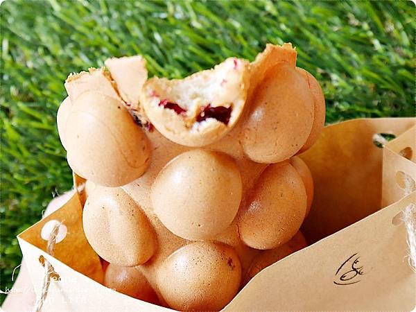 蔓越莓口味雞蛋仔-蛋四分
