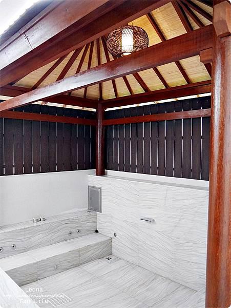 台中住宿|極光情境旅館-傳說系列火努魯魯室外浴池