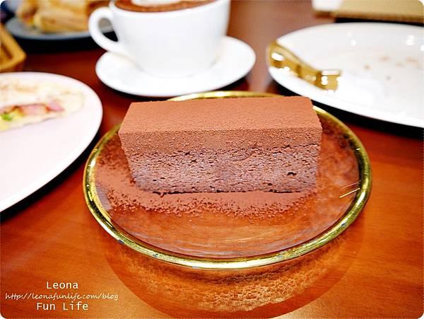 日式老屋幸卉文學咖啡 威士忌生巧克力蛋糕