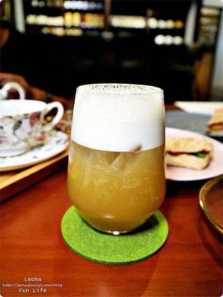 日式老屋幸卉文學咖啡 甘蔗冬片茶