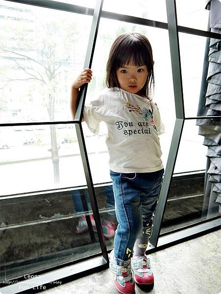 網路童裝推薦韓系水娃娃童裝P1750195.JPG