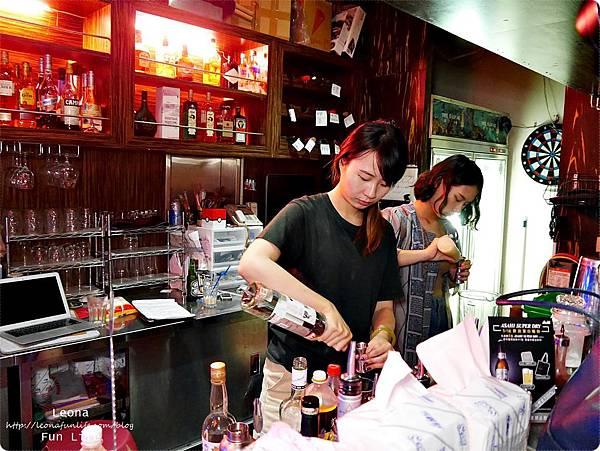 Knights bar斗六露天酒吧夜景P1750277.JPG