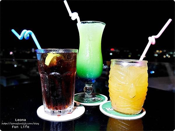 Knights bar斗六露天酒吧夜景P1750284.JPG