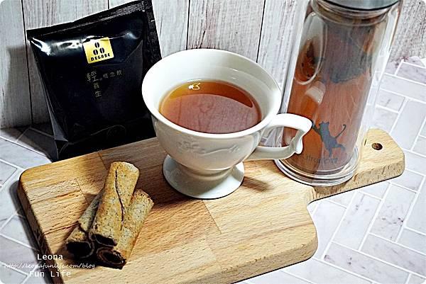 degabe黑豆咖啡 輕養生概念飲 黑豆餅乾 黑豆飲品 減重 輕食餅乾DSC05322.JPG