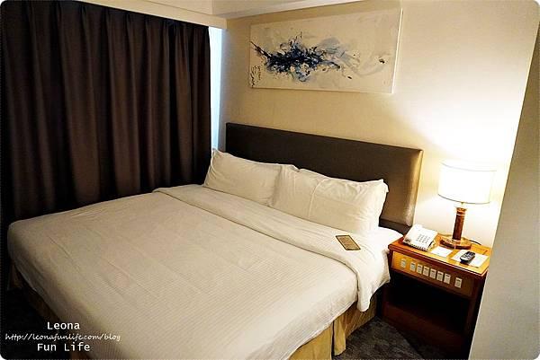 澳門平價住宿 盛世酒店 交通方便 寬敞舒適、還有泳池 讓度假更加享受 機場DSC05776.JPG