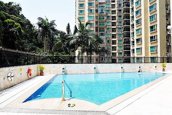 澳門平價住宿 盛世酒店 交通方便 寬敞舒適、還有泳池 讓度假更加享受 機場DSC06800.JPG