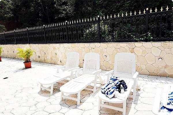 澳門平價住宿 盛世酒店 交通方便 寬敞舒適、還有泳池 讓度假更加享受 機場DSC06801.JPG