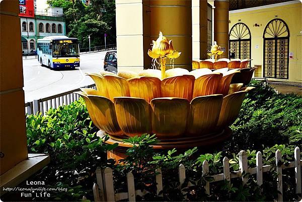 澳門平價住宿 盛世酒店 交通方便 寬敞舒適、還有泳池 讓度假更加享受 機場DSC06982.JPG