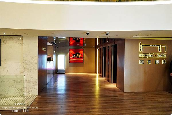 澳門平價住宿 盛世酒店 交通方便 寬敞舒適、還有泳池 讓度假更加享受 機場DSC06987.JPG
