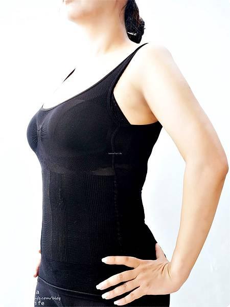 修飾身形這樣穿大谷美姬塑身衣 舒適 耐穿又耐洗 9段式結構設計完整包覆 日雜票選最好穿塑身衣穿搭配件DSC06068.jpg