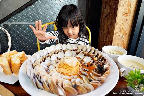 一中義利麵 台中北區義式料理 諾諾索義式料理菜單  諾諾索台塑牛排 諾諾索菜單 台中台塑牛排 蛤蠣義大利麵 浮誇系美食 痛風 爆量蛤蜊DSC03942.JPG