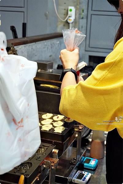 下午茶甜點推薦Debby House日式蜜糖千層可頌鯛魚燒-芋泥金沙一中商圈散步點心台中美食中友百貨DSC09832.JPG
