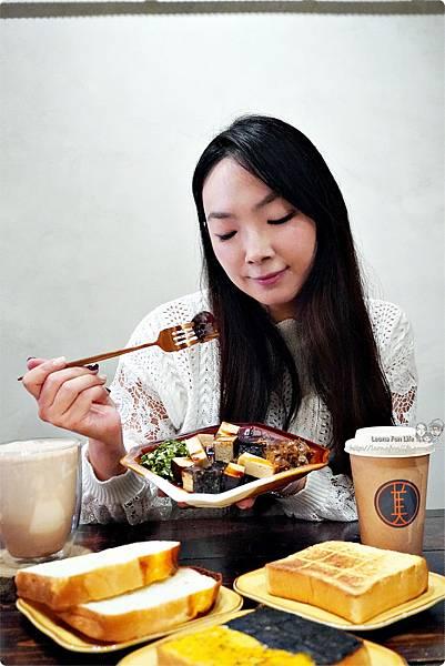 台中北區咖啡廳其美咖啡-懷舊復古系網美風格,古早味清冰配咖啡 再來份蒸奶 滷味更對味 其美不動產DSC06369_副本.jpg