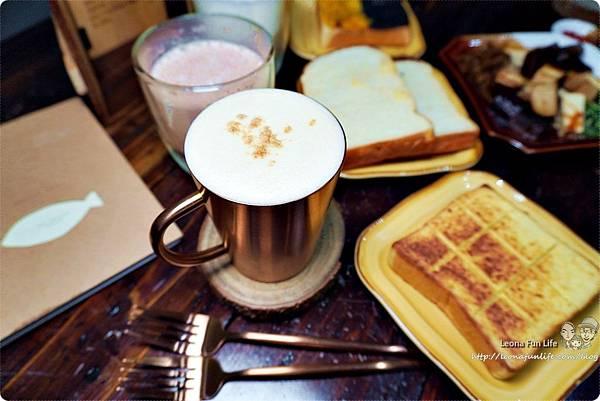 台中北區咖啡廳其美咖啡-懷舊復古系網美風格,古早味清冰配咖啡 再來份蒸奶 滷味更對味 其美不動產DSC06397.JPG