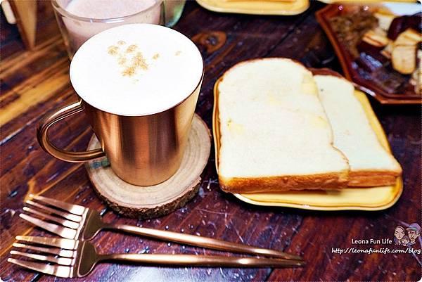 台中北區咖啡廳其美咖啡-懷舊復古系網美風格,古早味清冰配咖啡 再來份蒸奶 滷味更對味 其美不動產DSC06393.JPG