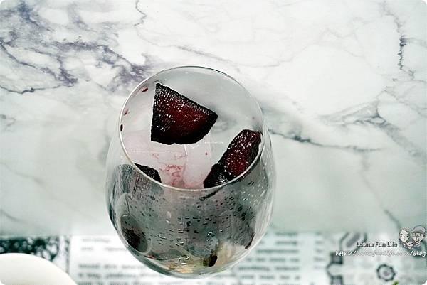 情人節巧克力DIY沒有難度不保證好不好吃搭配燭光晚餐更加分情人節禮物紅酒DSC07798.JPG