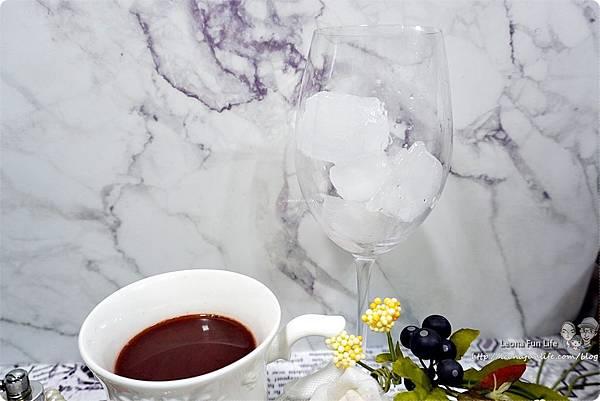 情人節巧克力DIY沒有難度不保證好不好吃搭配燭光晚餐更加分情人節禮物紅酒DSC07794.JPG