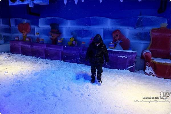 台灣玩雪場 台中玩雪 台中雪場 冰雪奇園 大里景點 大里東湖公園 大里IG打卡  Dali Art藝術園區 消暑景點中部 親子 室內 零下六度 冰雪樂園 異想新樂園DSC02368.JPG