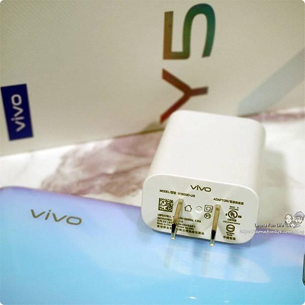 手機開箱 手機測試 3C試用 vivo y50規格  vivo y50價格  vivo y50售價  Vivo Y50  vivo y50開箱  vivo y50建議售價  vivo y50評測DSC00392.JPG