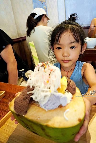 好吃河粉 冰 椰子冰淇淋 椰奶冰淇淋 泰式冰淇淋 泰式冰品 泰式冰店 一中街冰品 一中冰品 一中雪花冰 一中冰淇淋 一中街冰店推薦  台中芒果冰DSC05036.JPG
