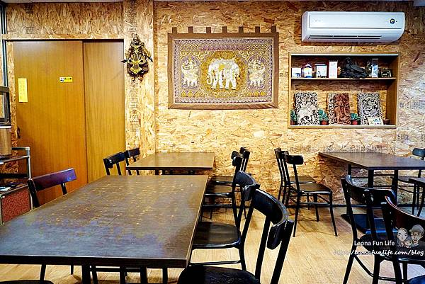 一中泰式料理 一中泰鄉味  泰鄉味菜單 平價 泰國料理 泰式奶茶 打拋肉 綠咖哩 泰奶冰淇淋 台中北區美食 一中街美食DSC07257.JPG
