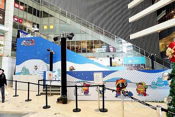 宇宙喵樂園 樂雪公園 大魯閣新時代購物中心 台中玩雪 親子樂園 滑雪 期間限定 仿真雪 滑雪圈雪盆 室內雪場 親子套票1DSC06880.JPG