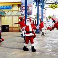 期間限定花蓮遠雄海洋公園-銀白飄雪聖誕季、歡樂遊行、雪屋玩雪,還有美人魚共舞喔!花蓮景點1DSC08582.JPG