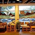 台東文青景點台東故事館-文創書店拍美照喝調酒,白天夜晚各有不同的風貌,還有兒童閱覽室喔!!DSC04062.JPG