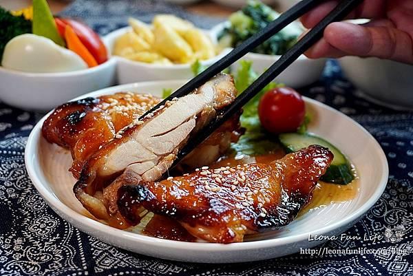 台中科博館美食今天不抱怨餐食-精緻美味雞肉料理簡餐、星巴克咖啡喝到飽,免服務費不限時、供插座新菜單母親節優惠DSC08820.JPG