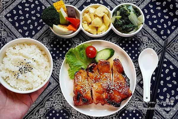 台中科博館美食今天不抱怨餐食-精緻美味雞肉料理簡餐、星巴克咖啡喝到飽,免服務費不限時、供插座新菜單母親節優惠DSC08812.JPG