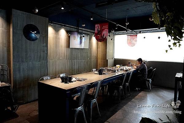 台中一中街美食8德司創意餐館-雞湯無限暢飲、海鮮控必點浮誇義大利麵、101海鮮塔小酌聚餐推薦中友百貨 網美餐廳DSC07467.JPG