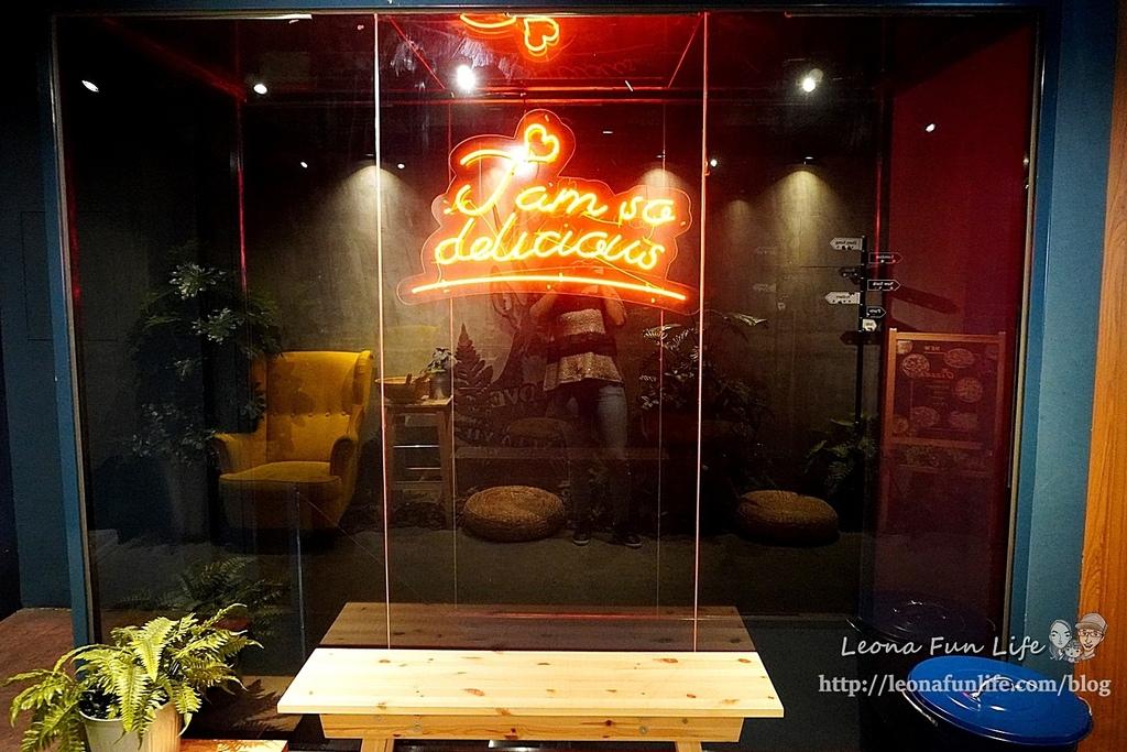 台中一中街美食8德司創意餐館-雞湯無限暢飲、海鮮控必點浮誇義大利麵、101海鮮塔小酌聚餐推薦中友百貨 網美餐廳DSC07457.JPG