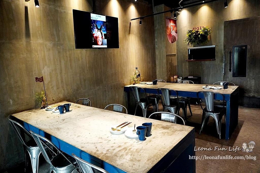 台中一中街美食8德司創意餐館-雞湯無限暢飲、海鮮控必點浮誇義大利麵、101海鮮塔小酌聚餐推薦中友百貨 網美餐廳DSC07602.JPG