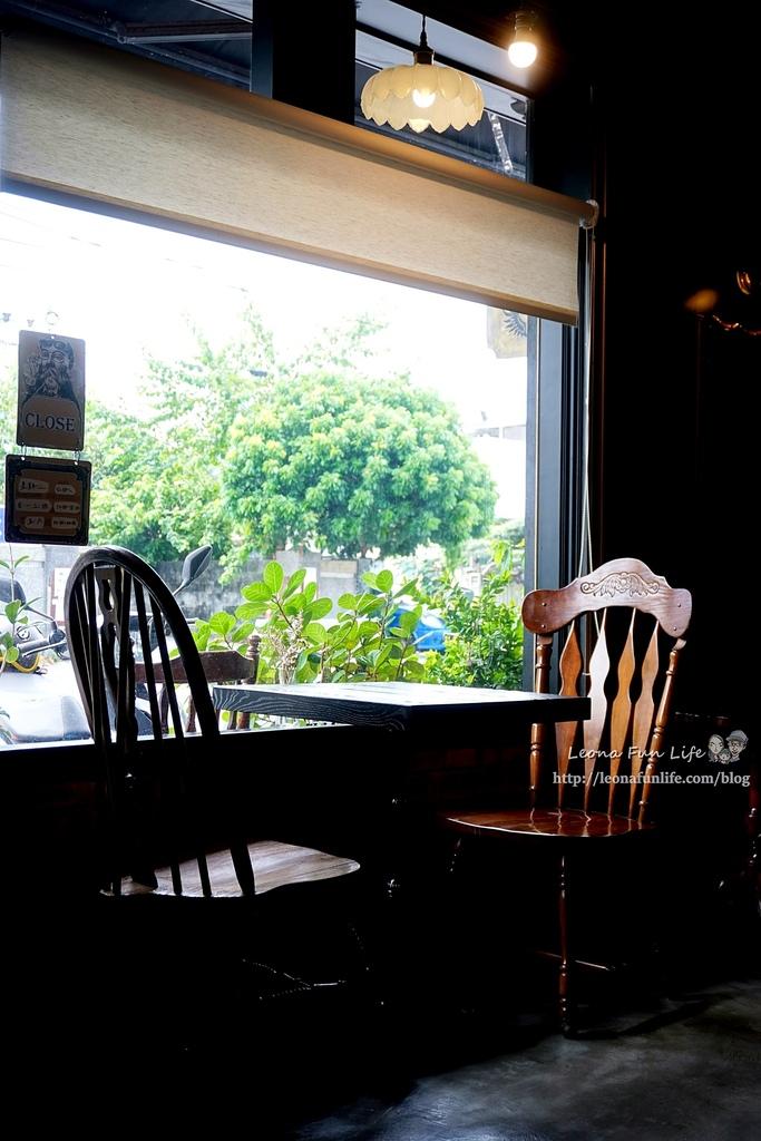 花蓮咖啡廳推薦Unconditional Coffee無設限咖啡-英式風格酒吧咖啡館,靜靜享受咖啡香DSC07876.JPG
