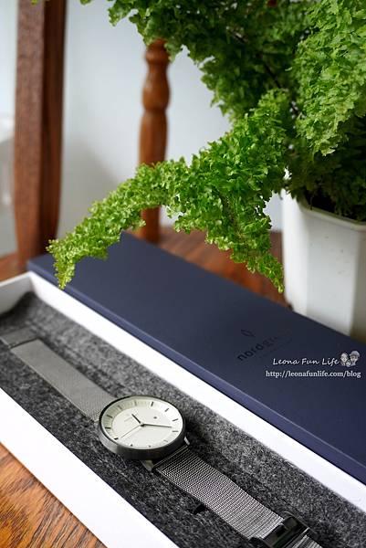 穿搭配件丹麥品牌 Nordgreen Philosopher 北歐簡約風格錶-網格鈦鋼錶帶,透氣好帶又擺搭│夏季穿搭專屬優惠碼DSC03051.JPG