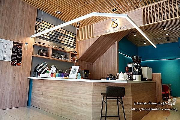 台中太平咖啡廳推薦紅菓咖啡太平育賢店-職人咖啡搭配鬆軟奶香生吐司披薩、夢幻草莓漸層飲早午餐下午茶DSC02838.JPG