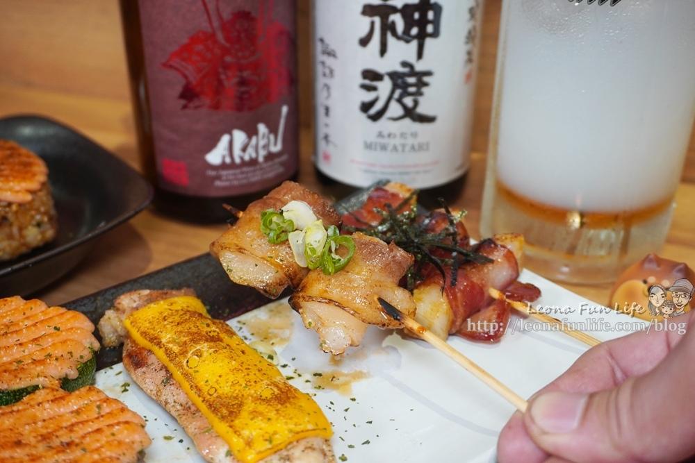 容燒居酒屋崇德加盟店和可愛狗狗一起吃串燒、喝啤酒,享受日式美味料理寵物餐寵物友善餐廳台中北區DSC03642-2.jpg