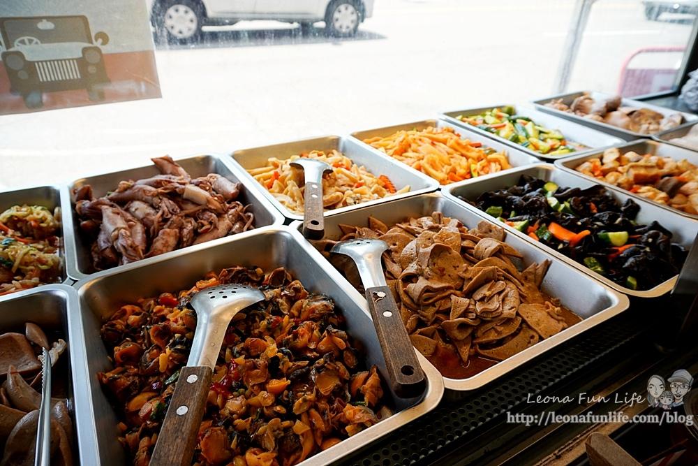 酉金鵝公益總店│必點無骨鵝肉飯便當肉量爆多,鵝胗、麻油豬肝、桂竹筍美味小菜好澎拜台中鵝肉餐廳DSC04805-2.jpg