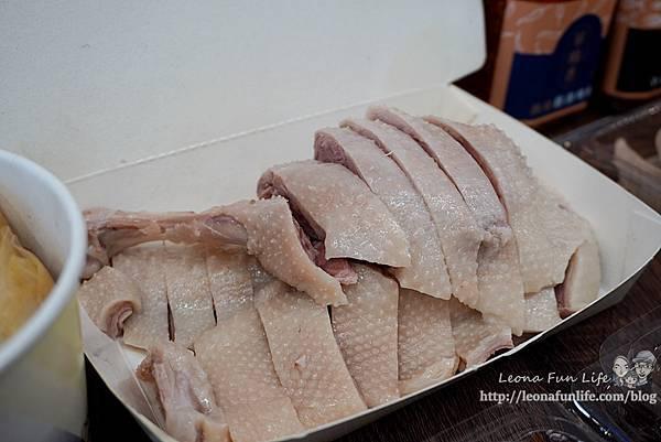 酉金鵝公益總店│必點無骨鵝肉飯便當肉量爆多,鵝胗、麻油豬肝、桂竹筍美味小菜好澎拜台中鵝肉餐廳DSC04813-2.jpg