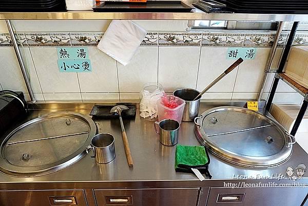 東平蔬食自助餐-清爽不油膩、菜色豐富的素食自助餐,想吃什麼自己夾台中太平素食推薦DSC04329.JPG