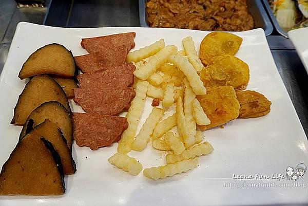 東平蔬食自助餐-清爽不油膩、菜色豐富的素食自助餐,想吃什麼自己夾台中太平素食推薦DSC04337.JPG