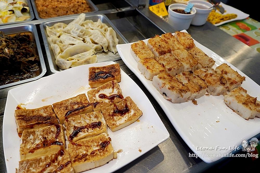 東平蔬食自助餐-清爽不油膩、菜色豐富的素食自助餐,想吃什麼自己夾台中太平素食推薦DSC04334.JPG
