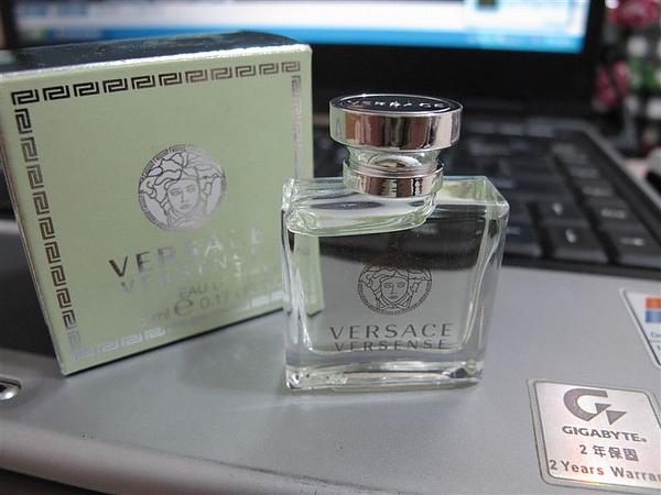 versace 香韻.JPG