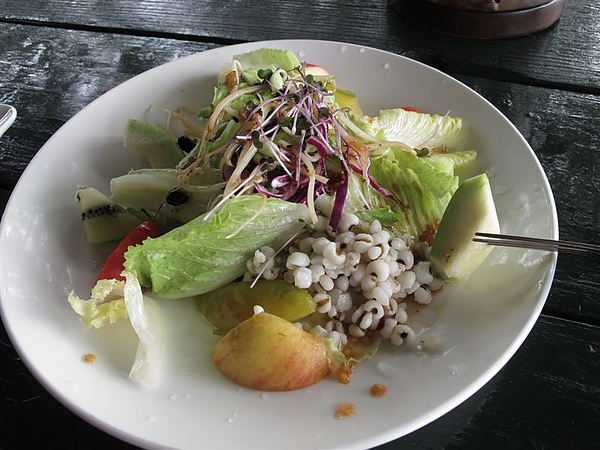 TINA廚房~!!蔬果沙拉~