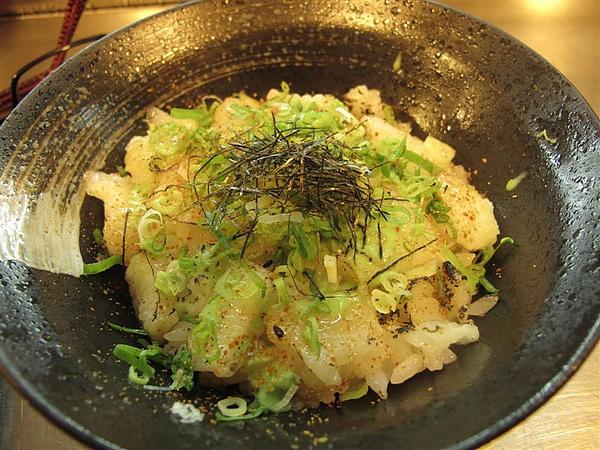 基隆廟口夜市日本料理~比目魚蓋飯~~~~~