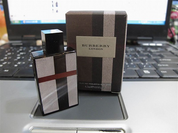 burberry london男香.JPG